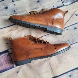 NWOT Candie's Leather Lace Up Ankle Booties 8.5